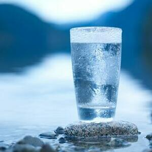 Four Reasons to Buy A Water Purifier