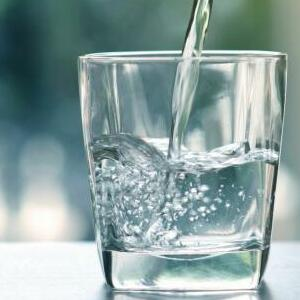 What is The Function of a Refrigerator Water Filter?